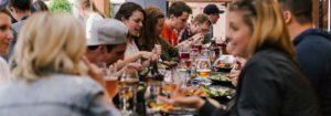 Repas partagé sur la paroisse sainte-anne - Tour du PIn